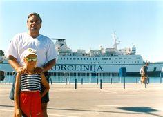 Split, 2000. S Martinem v přístavu. Moje stránky: jhrdy.webgarden.cz. Informace, aktuality, fotky, videa, rady, tipy... #JiříHrdý #Croatia #Kroatien #Chorvatsko #Adria #Jadran #cestování #bungalovyUranija