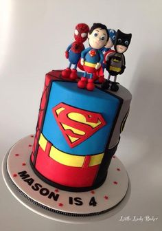 For a super little dude! Marvel Birthday Cake, Superman Birthday Party, 1st Birthday Cakes, Easy Cakes For Kids, Cakes For Boys, Superman Cakes, Creative Desserts, Superhero Cake, Just Cakes