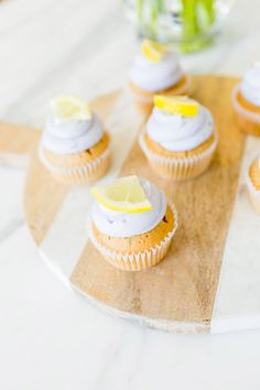Love these light & sweet lavender sweet tea cupcakes!