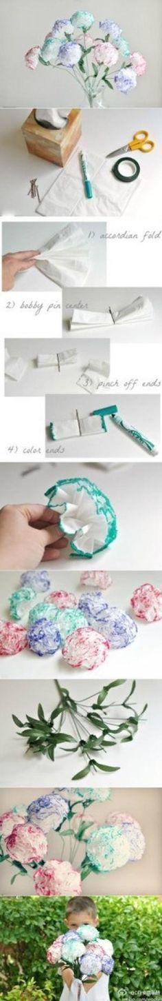 garofani con fazzoletti di carta e pennarelli