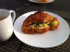 レシピとお料理がひらめくSnapDish - 37件のもぐもぐ - ☕scrambled egg with spinach inside a croissant☕ by