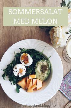 En smakrik sommersalat med melon og avokado fra Maria Haugland | Sunne salater | Sunn lunsj | Lavkarbo oppskrift | Sommersalat oppskrift | Enkel lunsj Frisk, Food And Drink, Snacks, Appetizers, Treats, Finger Food
