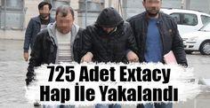 <p>Samsun'da uyuşturucu ile mücadele adına çok önemli gelişmeler yaşanıyor. Evinde çok miktarda uyuşturucu hap ile yakalanan şahısın yakalanması bugün Samsun haberlerinin en çok konuşulan olaylarından biriydi.</p>
