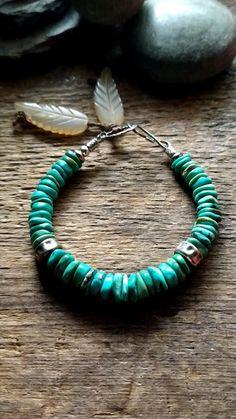 Boho Gypsy, Bohemian Jewelry, Modern Bohemian, Bohemian Style, Meaningful Jewelry, Chunky Jewelry, Turquoise Bracelet, Beaded Bracelets, Pearl Bracelets