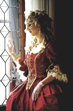 Emmali's costume for the Masquerade Ball Masquerade Gown, Venetian Masquerade, Costume Venitien, Venetian Masks, Glamour, Marie Antoinette, Ball Gowns, Dress Up, Photos