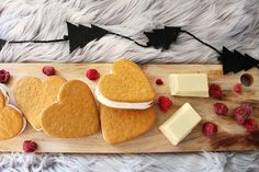GLASSBAKELSER TILL ADVENTSFIKAN | Yayas Fika, Dairy, Cupcakes, Sweets, Cheese, Cookies, Baking, Desserts, Christmas