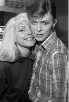 pinkfled:  Blondie and David Bowie backstage during The Idiot tour - 1977