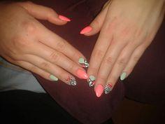Aztec almond hybrid nails