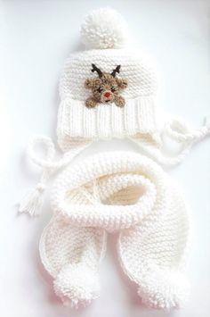 Christmas Outfit Hat and Scarf Reindeer Hat Winter Outfit Winter Accessories White Hat Knit Scarf Pom Pom Hat Christmas Gift Crochet Kids Scarf, Knitted Hats Kids, Crochet Beanie, Crochet For Kids, Crochet Hats, Crochet Braids, Reindeer Hat, Knitting Patterns, Crochet Patterns