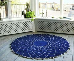 Adore this rug. .