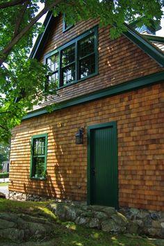 shingle style cottage   shingle style carriage house