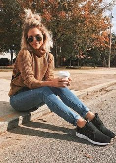 Jeans Carmel tan sweater black tennis shoes sunglasses school outfit casual fall and winter outfit Mode Outfits, Outfits For Teens, Casual Outfits, Fashion Outfits, Womens Fashion, Teenage Outfits, Outfits 2016, Black Outfits, Latest Fashion