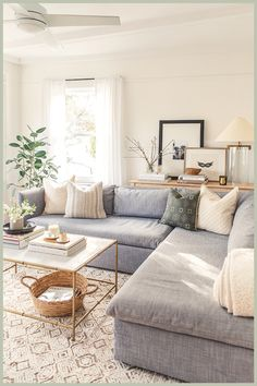 Living Room White, Small Living Rooms, Living Room Modern, Living Room Sofa, Living Room Interior, Rugs In Living Room, Family Rooms, Living Room With Color, Paintings For Living Room