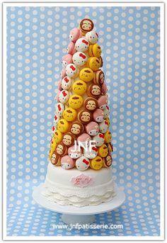 sanrio macaron tower from jnf patisserie Macaron Cake, Macaroon Cookies, Macaron Recipe, Cupcake Cookies, Wedding Hors D'oeuvres, Wedding Desserts, Hello Kitty Themes, Hello Kitty Cake, Sanrio