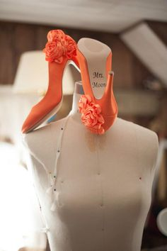 orange fall wedding shoes with Mrs. decal on mannequin, rustic wedding, fashion design, twisting fate