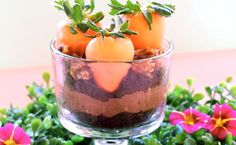 Garden parfaits - chocolate covered strawberries in easy chocolate cake layered dessert. perfect for easter brunch, birthday parties, baby showers or dish to make with kids Challenge Butter, Layered Desserts, Easter Brunch, Chocolate Covered Strawberries, Us Foods, Parfait, Chocolate Cake, Holiday Recipes, Delicious Desserts