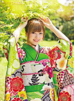 Nao Kanzaki and a few friends: The Mai Shiraishi post Beautiful Japanese Girl, Japanese Beauty, Asian Beauty, Geisha, Yukata Kimono, Kimono Dress, Samurai, Kabuki Costume, Cute Kimonos