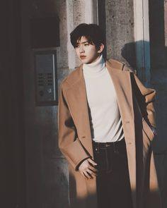Korea Boy, Boy Idols, Lil Boy, Cute Dogs And Puppies, Chinese Boy, Good Looking Men, My Future Boyfriend, White Sweaters, Handsome Boys