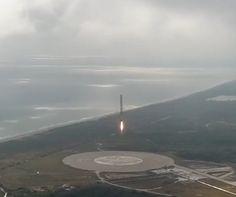 Voir la fusée Falcon 9 revenir se poser en douceur est toujours aussi hypnotique (Journaldugeek)