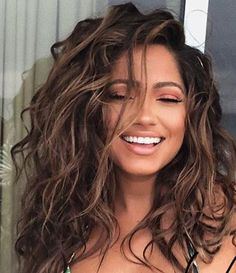 Want this for my hair color but add some light blonde highlights into it, - Wavy Hair Curly Hair Styles, Haircuts For Curly Hair, Cool Hairstyles, Natural Hair Styles, Beach Hairstyles, Natural Curly Hair, Brown Curly Hair, Naturally Curly Haircuts, Naturally Wavy Hair