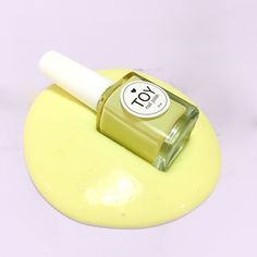 The perfect Amarelo Castelo slime!!  #slime #slimevideo #toystyle #yellow #pastels #colorful #toynailpolish