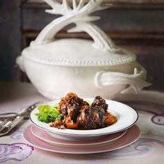 Braised Oxtail With Onion