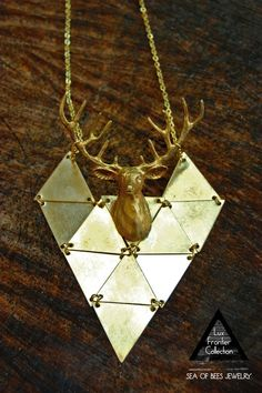 this is the only time a deer could be acceptable on jewlery puls it's fake! so good for animal lovers tooo!~ ;)