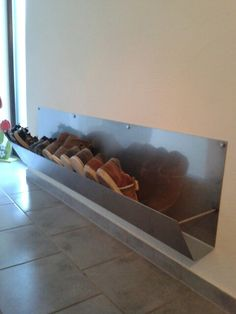 Never again are shoes in the way. Shoe rack for the wall. Source by Shoe Rack, Daydream, Bad, Running Shoes, Castle, Home, Pool Chairs, Refurbishment, Household