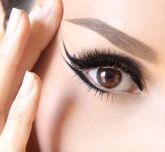 Make-up Artist Sarah Steller