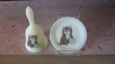 SNOEZIGE SCHATTIG FENTON glas Mini Bell en plaat Childs pasgeboren Gift Kitten met bal van garen kunstenaar ondertekend Hand ingericht