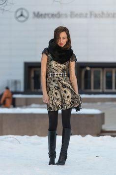 NYFW: Black & Gold Sydne Style