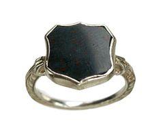 signet ring - vintage bloodstone