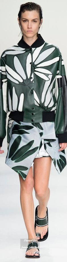 Marni Collection Spring 2015 Ready-to-Wear women fashion outfit clothing style apparel @roressclothes closet ideas