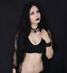 Model/Photographer/MUA/Bracelet: Annora Dawn Welcome to Gothic and Amazing | www.gothicandamazing.org