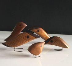 Wooden Crafts, Wooden Toys, Record Crafts, Wood Bird, Art Carved, Unique Furniture, Sculpture Art, Decoration, Woodworking