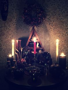 Witch altar -Pinned by The Mystic's Emporium on Etsy