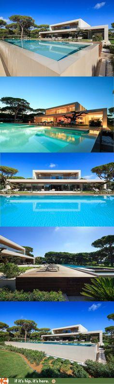 Modern House Design & Architecture : piscine et habitation contemporaines Check out: www. Residential Architecture, Contemporary Architecture, Interior Architecture, Contemporary Design, Living Haus, Cool Pools, Modern House Design, My Dream Home, Exterior Design