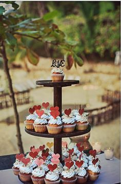 Having cupcakes instead of a cake is adds a twist to the menu. Also, cupcake toppers are the cutest! #BeachWedding #WeddingIdeas #DestinationWeddings