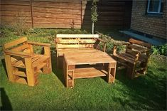 outdoor furniture made from pallets 33