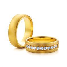 SAVICKI - Obrączki ślubne: Obrączki z żółtego złota (Nr 71) - Biżuteria od 1976 r. Bangles, Bracelets, Wedding Rings, Engagement Rings, Jewelry, Enagement Rings, Jewlery, Jewerly, Schmuck
