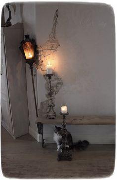 Méas Vintage Hobbit, Meas Vintage, Wonderful Time, Shabby Chic, Lighting, Antiques, Home Decor, Persian People, Scandinavian