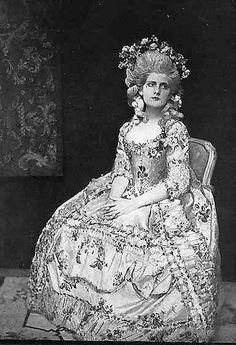 1780s Gown - photo taken 1908