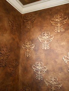 Use stencilling to add that special touch to our clients accents, border treatments or overall pattern on walls, ceilings, floors and furniture.