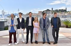 "(FromL) US producer Joel Silver, US actor Matt Bomer, Canadian actor Ryan Gosling, Australian actress Angourie Rice, New Zealander actor Russell Crowe and US director Shane Black pose on May 15, 2016 during a photocall for the film ""The Nice Guys"" at the 69th Cannes Film Festival in Cannes, southern France.  / AFP / LOIC VENANCE"
