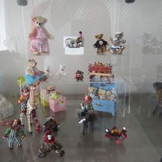 bears and toys