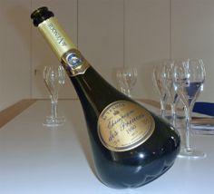 The 1990 De Venoge Champagne des Princes is a wonderfully balanced wine.