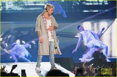 Justin Bieber Begins 'Purpose World Tour' in Seattle - Peep the Complete Set List!: Photo #939657. Justin Bieber keeps things cool and casual during his first concert as part of the Purpose World Tour held at KeyArena on Wednesday evening (March 9) in Seattle,…