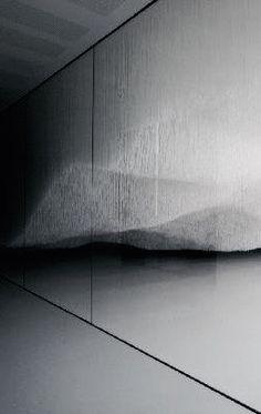 Shinji Ohmaki | Liminal Air - Descend, 2006 | nylon string, fluorescent lights, acrylic mirror