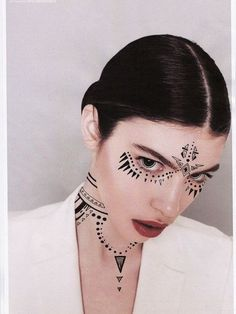 40+ Unexpected Unique Face Tattoo designs and ideas - Enjoy Check more at http://tattoo-journal.com/25-beautiful-photos-of-face-tattoo/