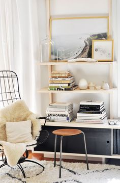 Aupiais House by Site Interior Design Emily Henderson {blue and white vintage modern living room} michael-woo-custom-shelving collage Wipro . House Design, Home And Living, Furniture, Shelves, Interior, Home Decor, House Interior, Living Spaces, Home Deco